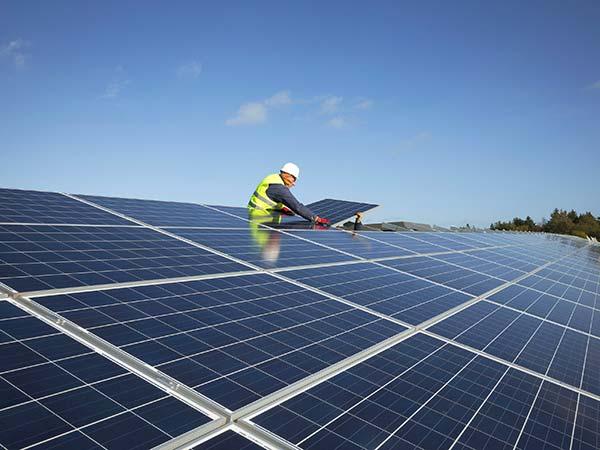 Costo-posa-pannelli-impianto-fotovoltaico-modena