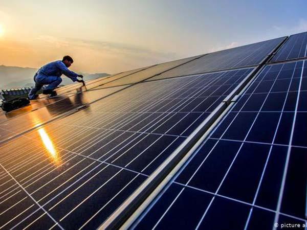 Impianto-fotovoltaico-industriale-chiavi-in-mano-modena