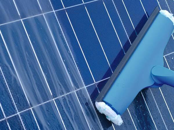 Manutenzione-funzionamento-moduli-solari-parma