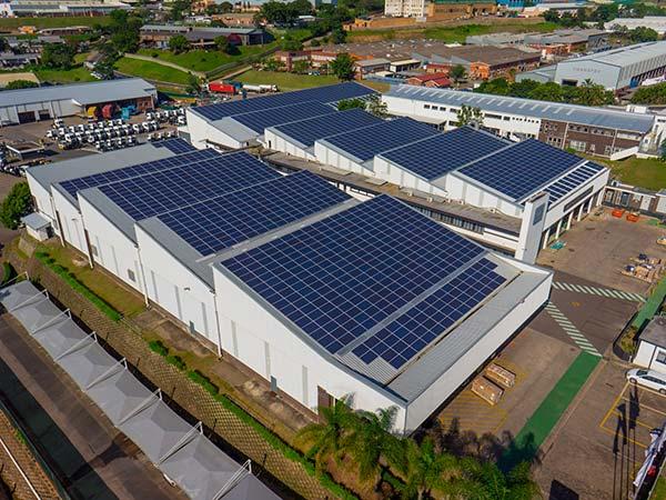 Pannelli-solari-per-capannone-bologna